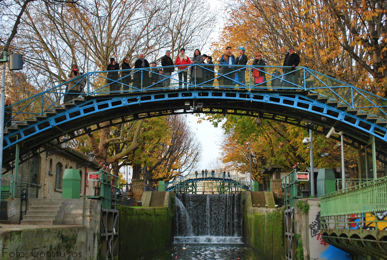 Passeio de barco para conhecer as eclusas de Paris
