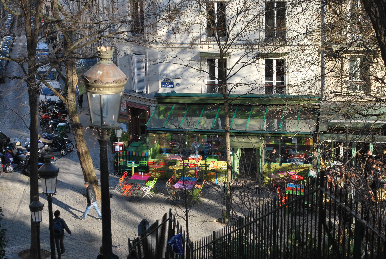 Um passeio gostosinho por Montmartre, o morro que encantou de Picasso a Dalí