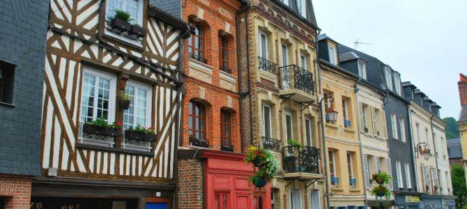 A pitoresca Normadia: um passeio por Honfleur, Deauville e Trouville